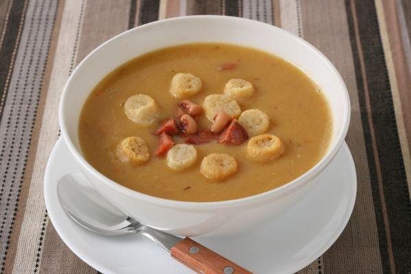Zemiaková polievka s fazuľou |