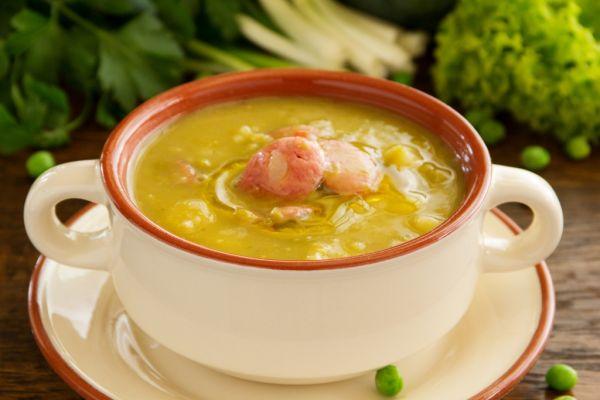 Fazuľová polievka s krúpami  