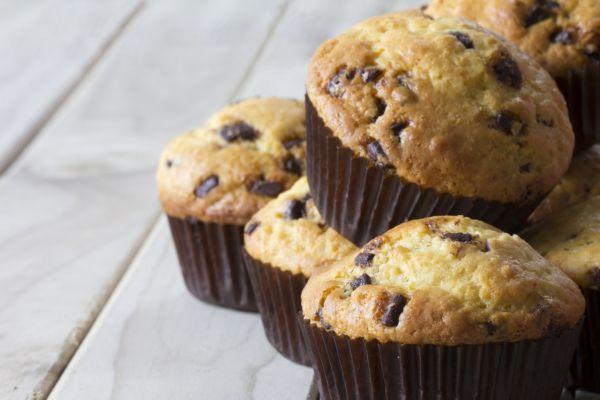 Jogurtové muffiny s kúskami čokolády |