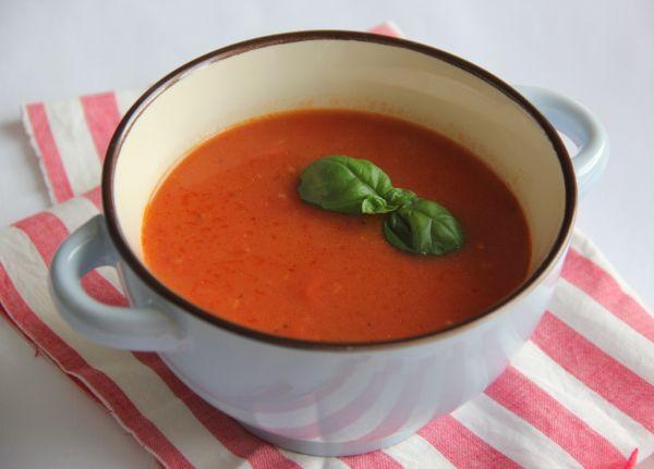 Paradajková polievka so zázvorom |