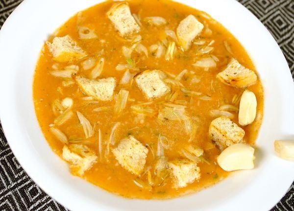 Cesnaková polievka proti chrípke |