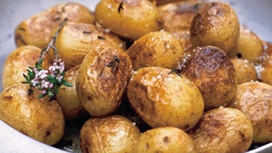 Pečené zemiaky s tymianom  
