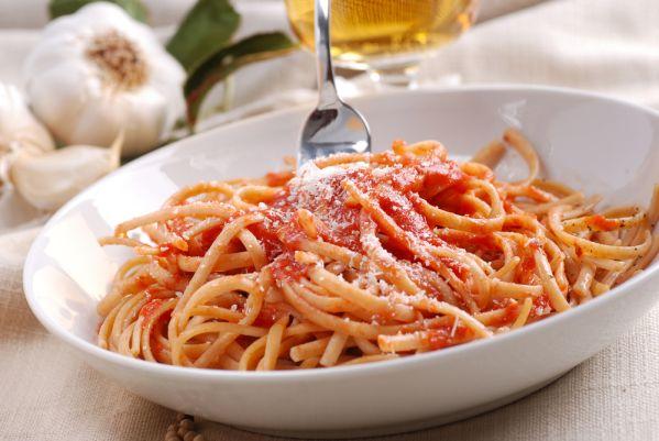 Špagety s paradajkovou omáčkou |