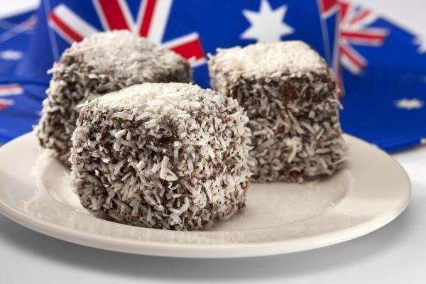 Máčané kokosové rezy |
