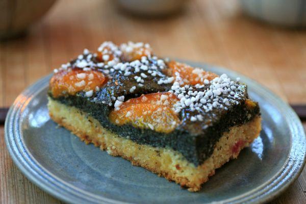 Dvojfarebný marhuľový koláč |