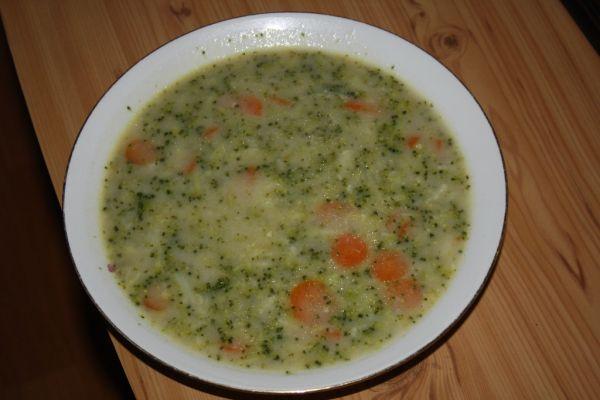 Brokolicovo-mrkvová polievka |