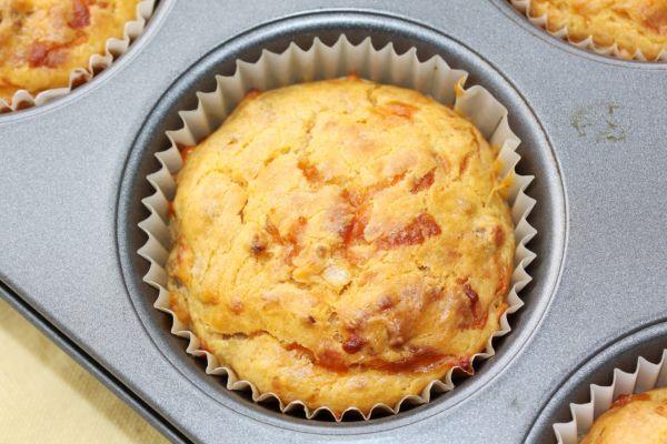Muffiny s paradajkami a mozzarellou |
