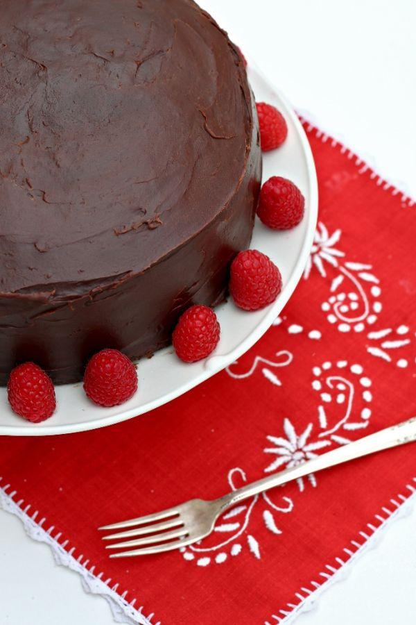 Lacná čokoládová torta |