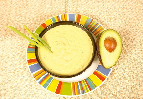 Polievka zo sladkých zemiakov a avokáda |