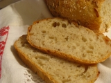 Biely chlieb pre Milana  pečený v trúbe a skoro bez práce