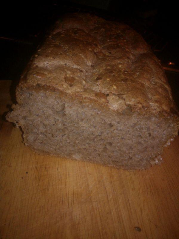 Kváskový celozrnný chlebík  