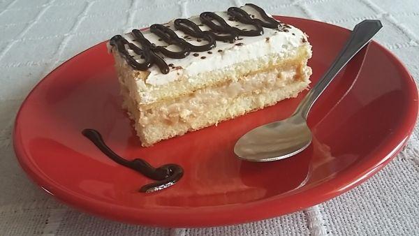 Rýchly nepečený piškótový koláč |
