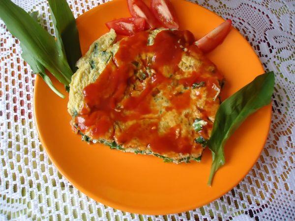 Omeleta z medvedieho cesnaku |