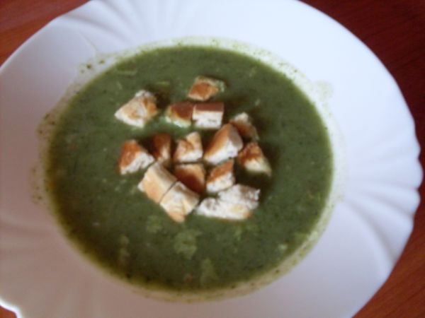 Šalátovo špenátová krémová polievka |