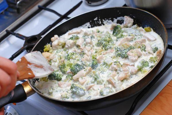 Kuracie soté s brokolicou a syrom |