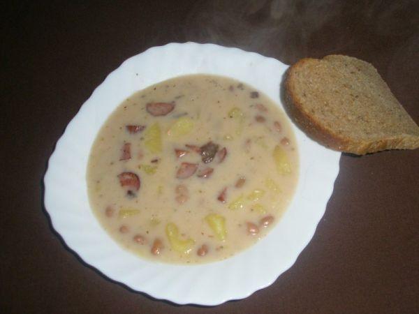 Fazuľová polievka od babičky |