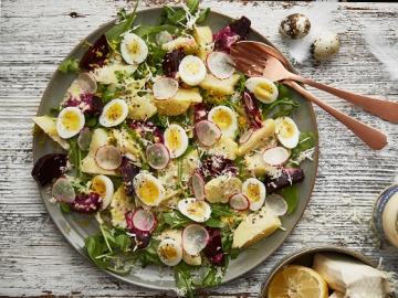 Bramborový salát s křenem  Recepty na každý den