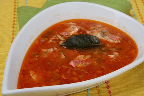 Rybacia polievka s paradajkami |