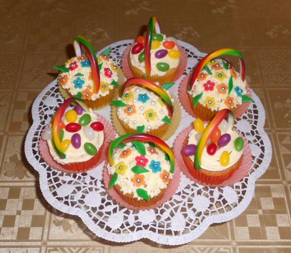Farebné cupcakes  košíčky |