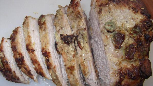 Bravčové stehno na cesnaku a rozmaríne |