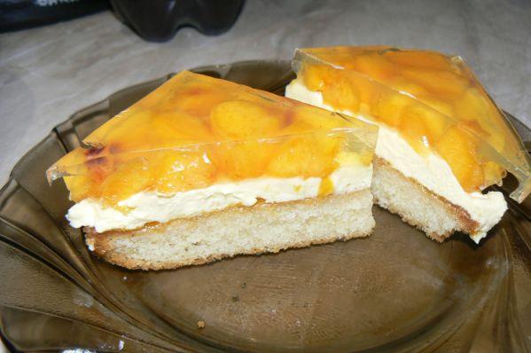 Broskyňový koláč |