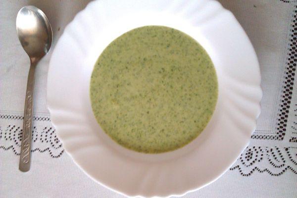 Zdravá špenátová polievka |
