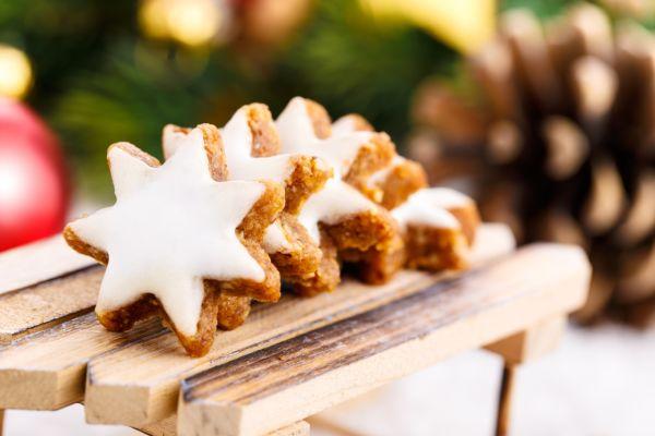Vianočné škoricovo-mandľové hviezdičky |