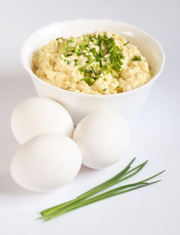 Pohánková nátierka s vajcami |