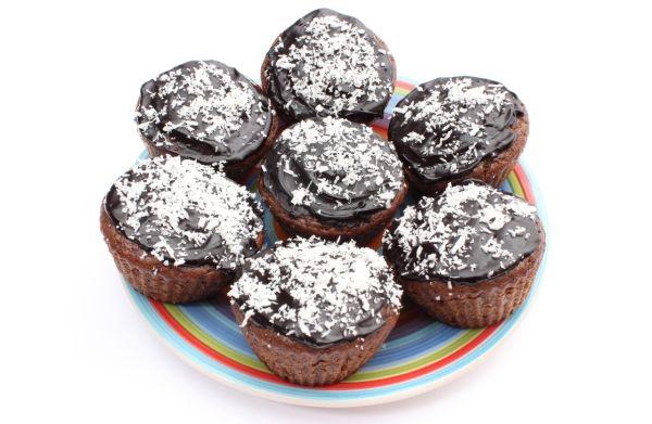 Čokoládové muffiny s Raffaello guľkami |