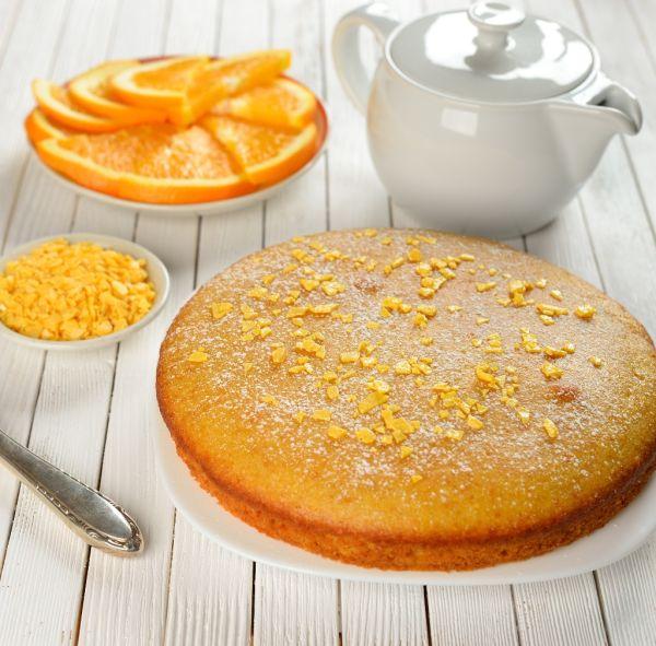 Opitý pomarančový koláč |