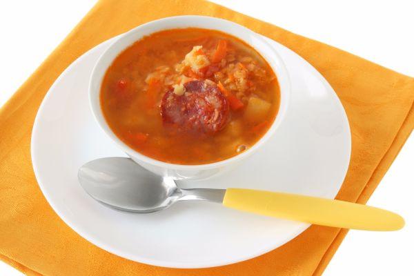 Šošovicová polievka s klobásou |