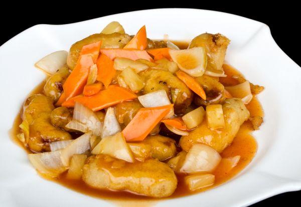 Bravčové mäso v arašidovej omáčke |