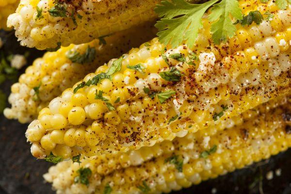 Grilované kukuričky s bylinkami |