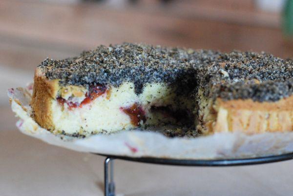 Slivkový koláč s makovou posýpkou |