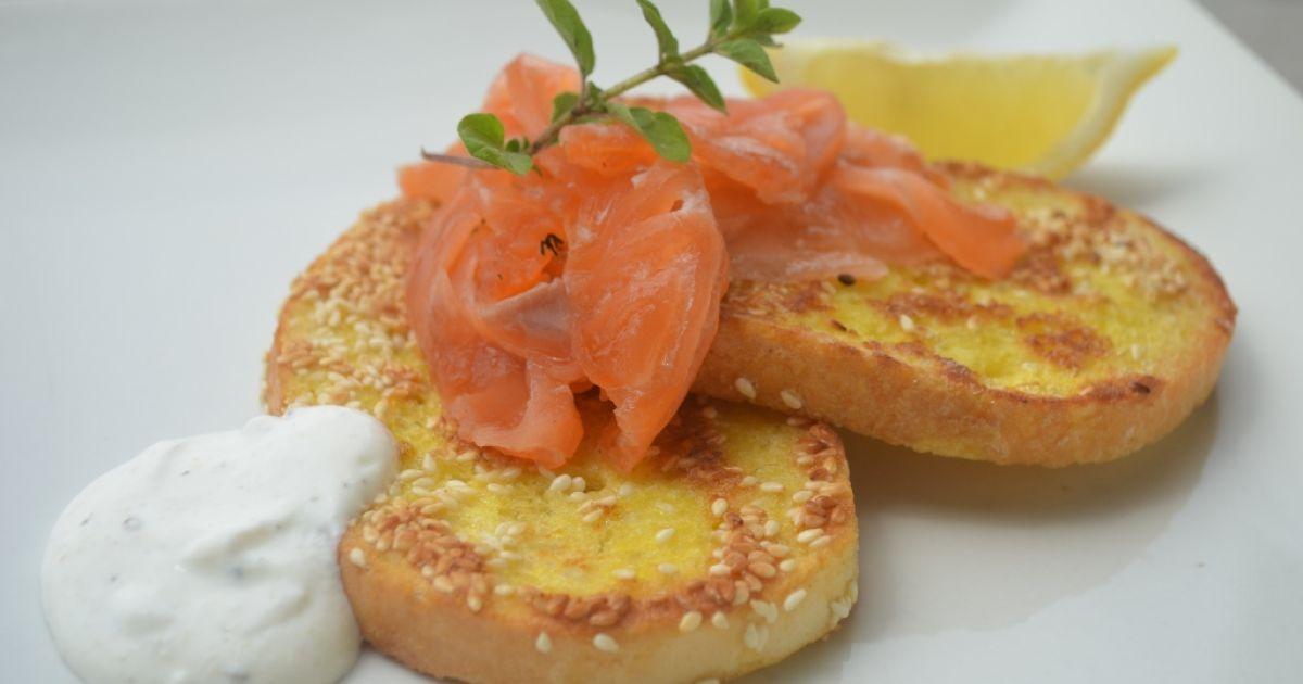 Sezamové chlebíky s lososom, fotogaléria 1 / 6.