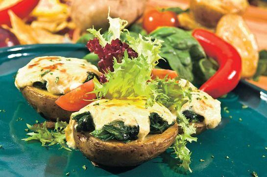 Zemiaky zapečené so syrom a špenátom |