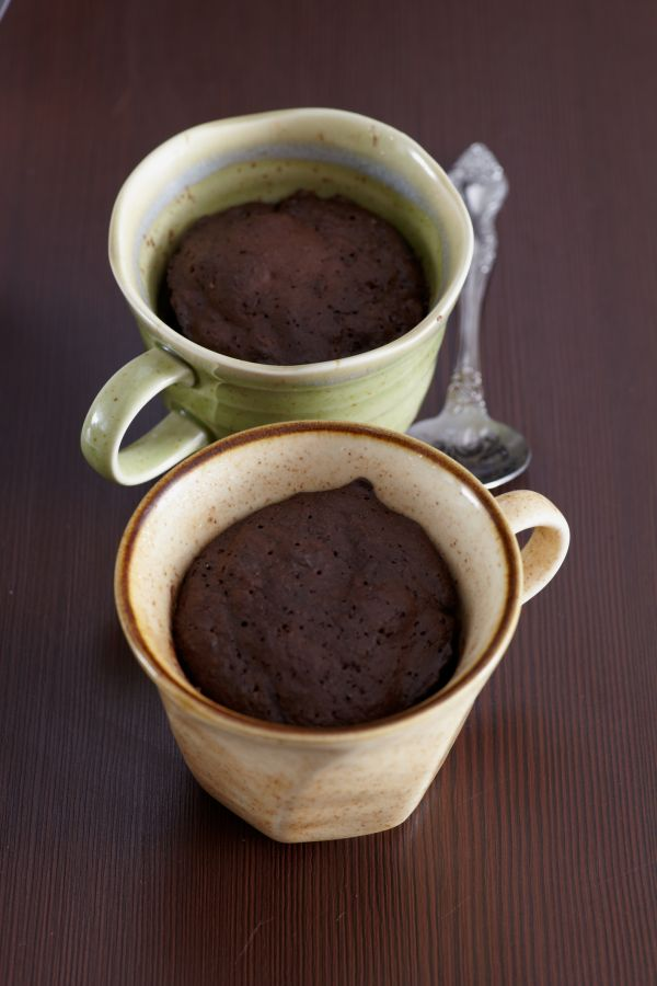 Čokoládový muffin z mikrovlnky s arašidovým maslom |