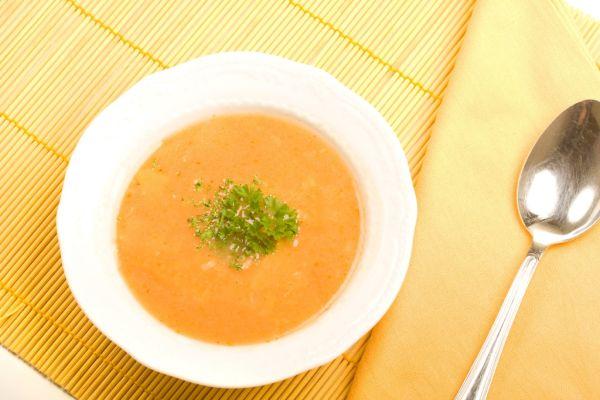 Mrkvovo  kalerábová polievka |