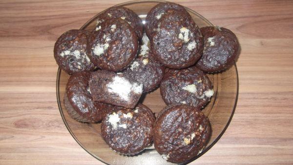 Špaldové muffiny s kokosovou plnkou |