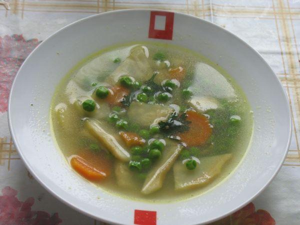 Zelerová polievka s kari |