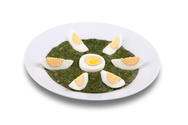 Vajcia na polomäkko zapečené so špenátom |