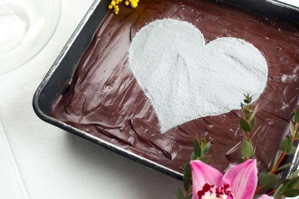 Nepečený čokoládovo-kokosový koláč |