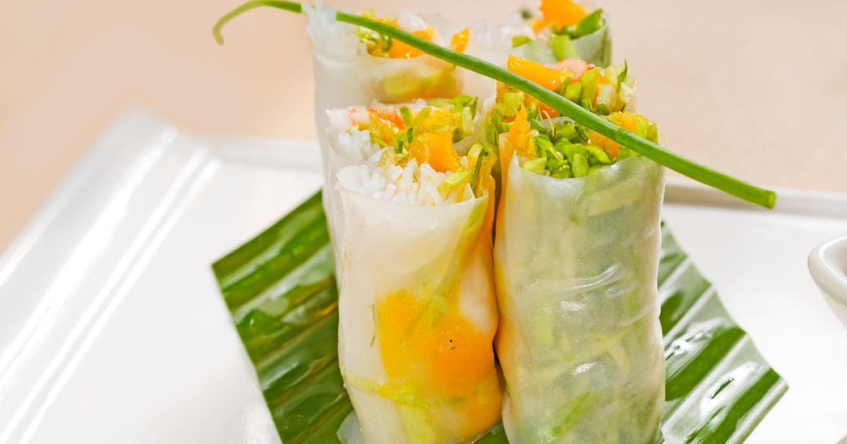Letné rolky so zeleninou, ryžovými rezancami a mangom ...