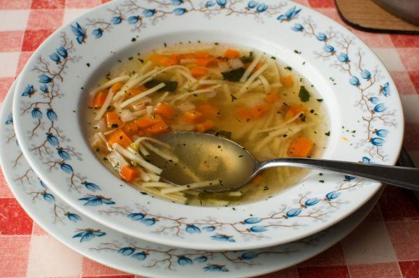 Mrkvová polievka s rezancami |