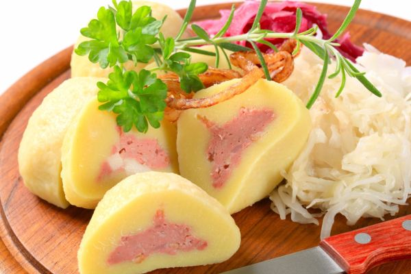Plnené zemiakové knedle  