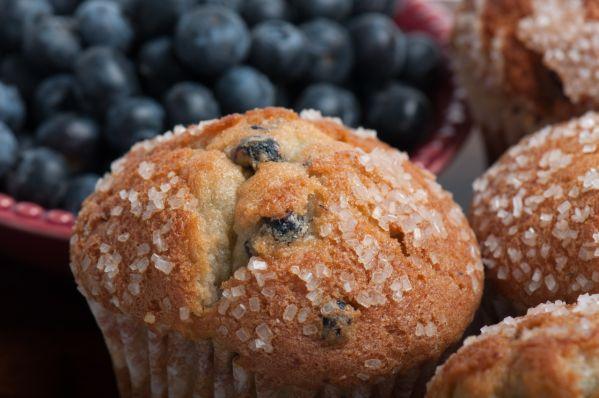 Čučoriedkové muffiny s cukrovou posýpkou |