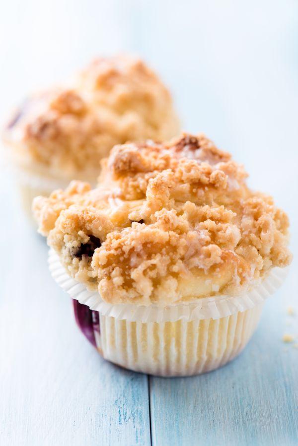 Čučoriedkové muffiny s maslovou posýpkou |