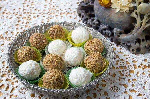 Farebné kokosové guľky |