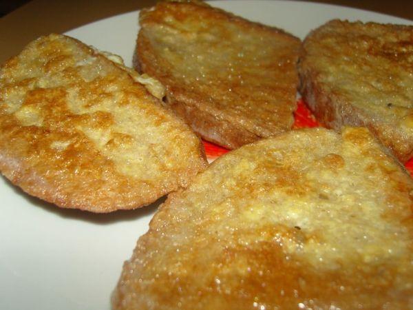 Obaľovaný chlebík vo vajíčku |