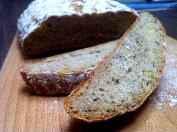 Špaldový zemiakový chlieb  